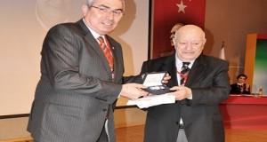 Duayen Gazeteci Attila Gökçe'ye IOC'den Kutlama Mektubu ve Özel Ödül